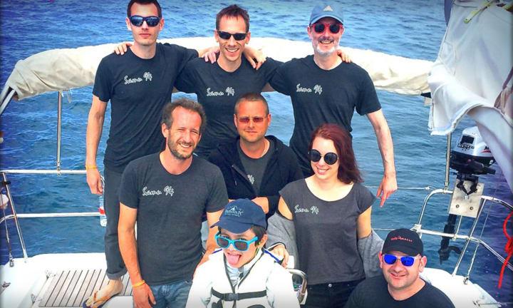 L'équipe de SAMU 94 et lerus t-shirts imprimés