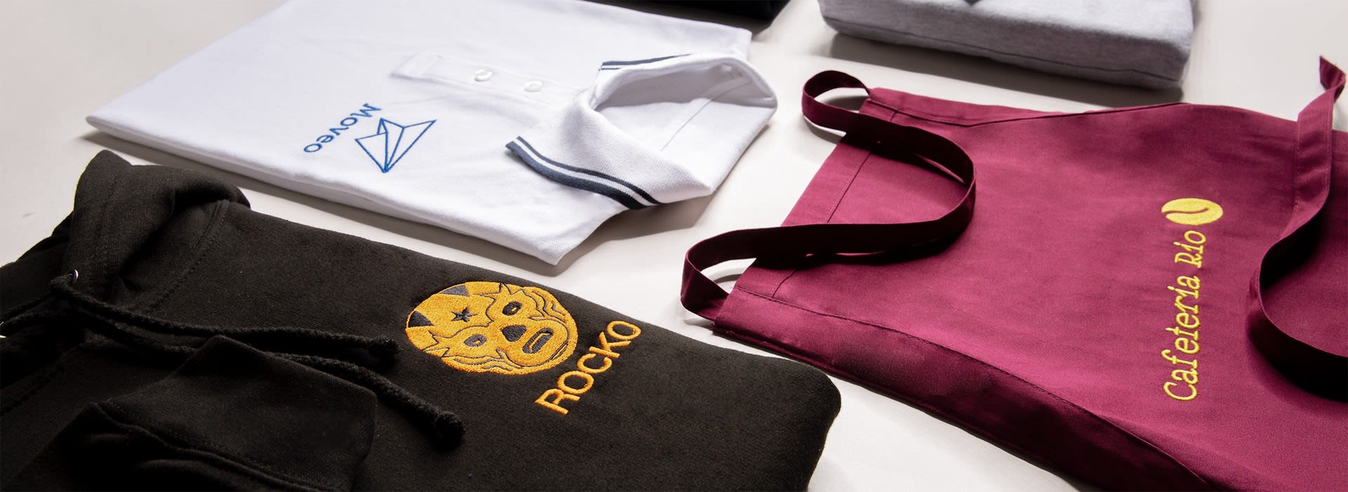 broderade kläder för ditt team