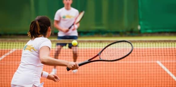 Tennisbekleidung gestalten